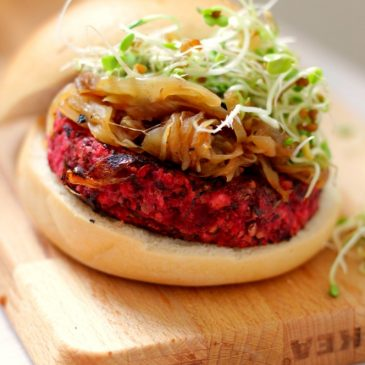 Vegetarische Quarter Pounder oftewel Bieten Rijst Linzen Burger