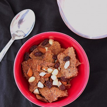 Zelfgemaakte volkoren Cereal