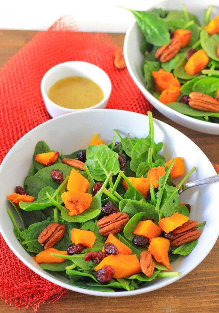 Pompoen Salade met Cranberries en Pecannoten